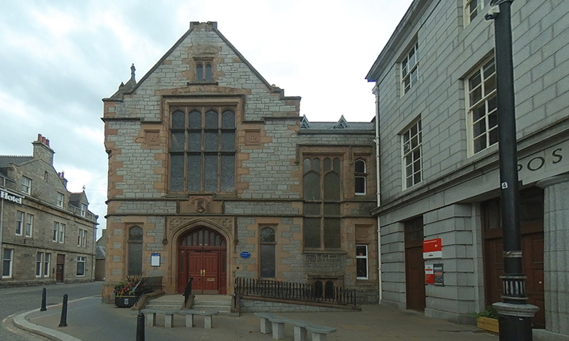 Huntly Library exterior