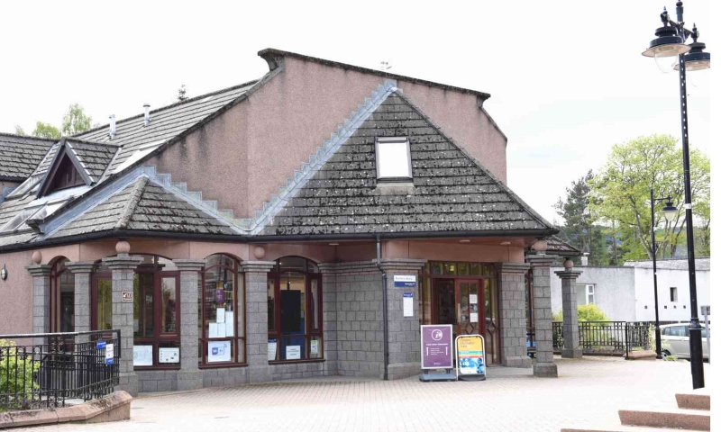 Banchory Library exterior